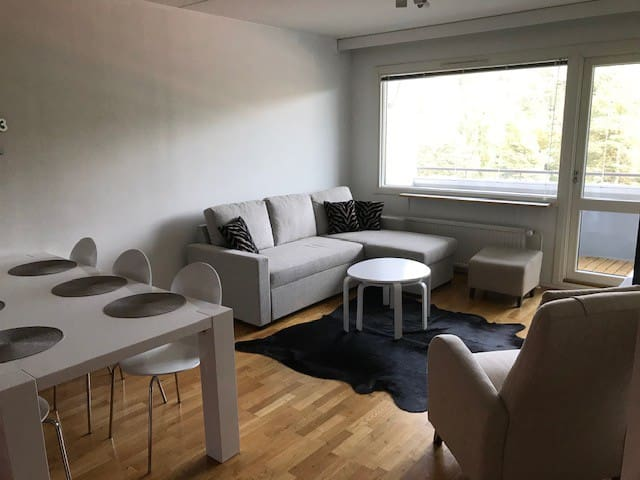 Spacious apartment, 2 km to Kupittaa, forest view