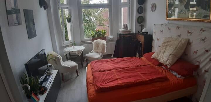 Comfy room/gemütliches Zimmer in Köln-Kalk