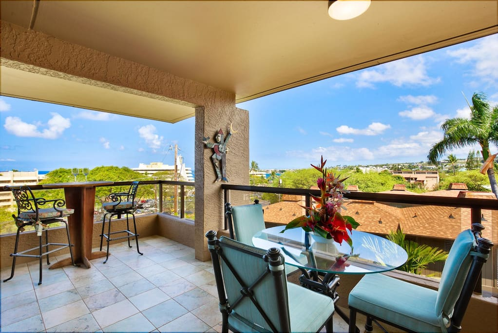 Lanai with Views of Town
