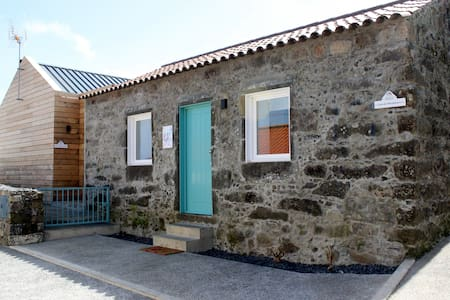 Casa do Miradouro I T1 - Nordeste - Dom