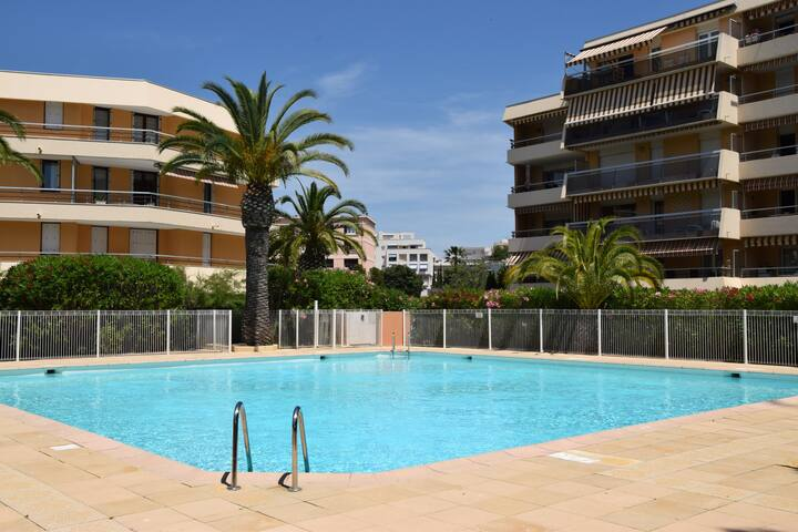 Studio,Plage à350m,Piscine,Parking,Wifi