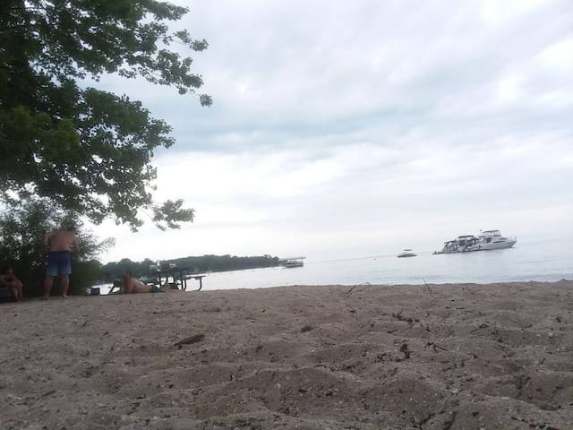 Innisfil Home by the Beach