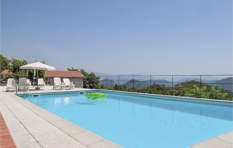 Holiday apartment with 1 bedroom on 40m² in Carro SP