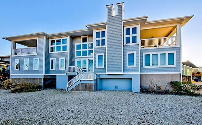 Big Beach House Perfect for Large Groups
