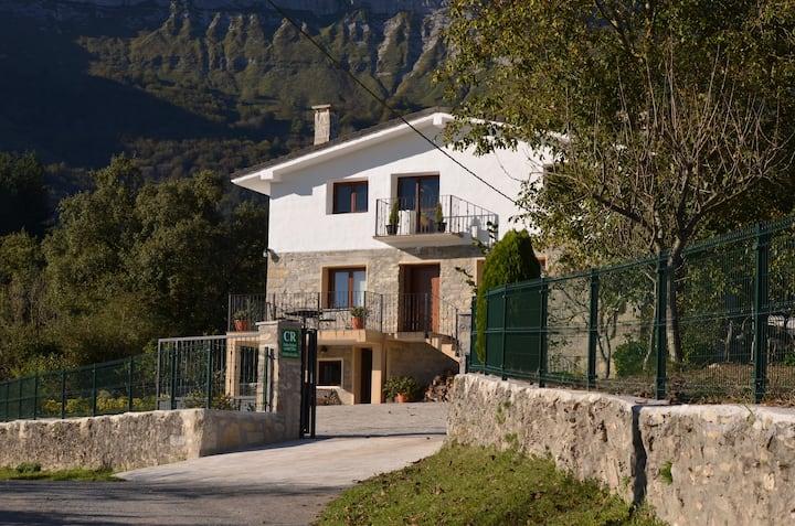 Casa Rural Sierra Salvada (Lurra)