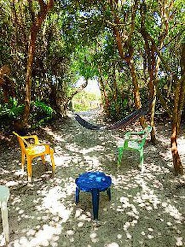Espaço para camping à beira mar Ilha do Mel, PR