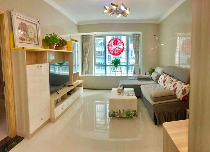 【Holong's apartment皓塱小居】佛山汽车站/火车站/祖庙地铁/岭南天地附近2房1卫