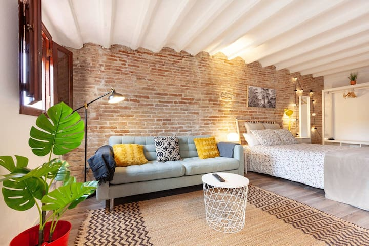 Loft in Historic Center Tarragona C/Santa Anna