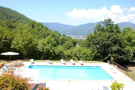 Casa Luciana lovely country views, walk to village - Lisciano Niccone