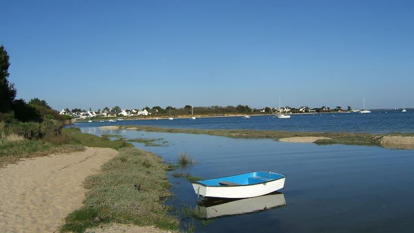 Charmante maison avec vue sur mer près de la plage