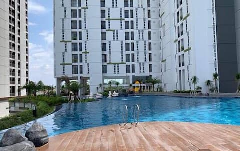 STUDIO Apartment Free WIFI with Gym & Pool