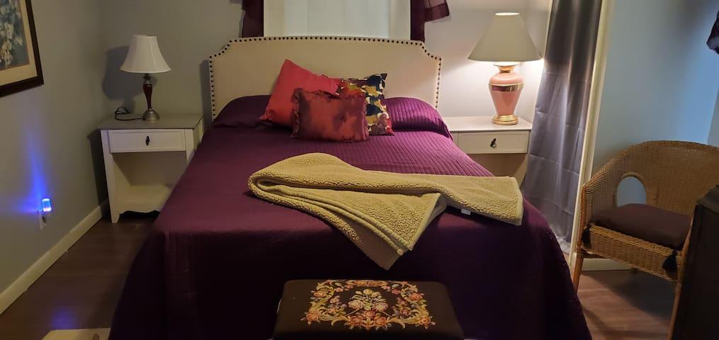 Master bedroom/ main level