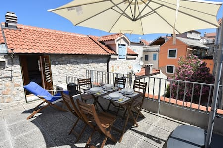 A two bedroom house in old town of Betina