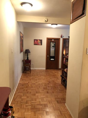 Large quiet apt. Right next to everything you need