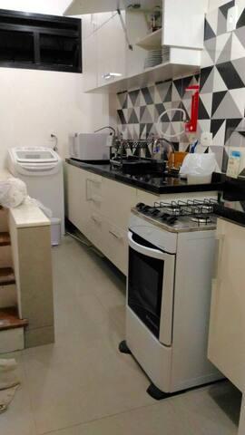 Nossa cozinha nova e máquina de lavar roupa