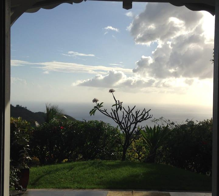 maison créole vue mer et montagne!