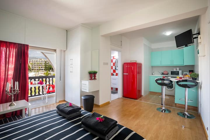 Castle Holiday Apartments, Premium Studio D421