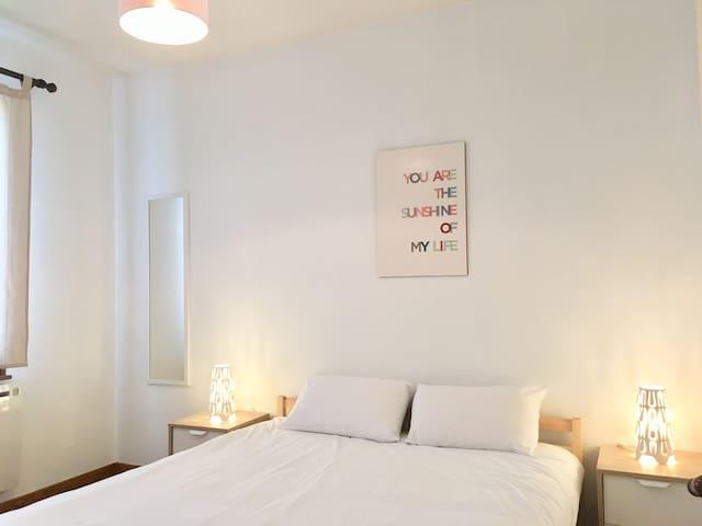 Chambre 1 / 1  lit king size 160