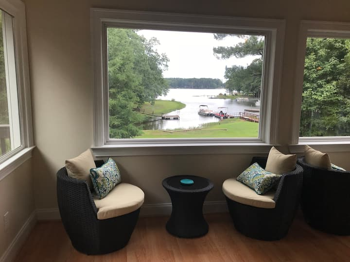 Lake House on peaceful cove