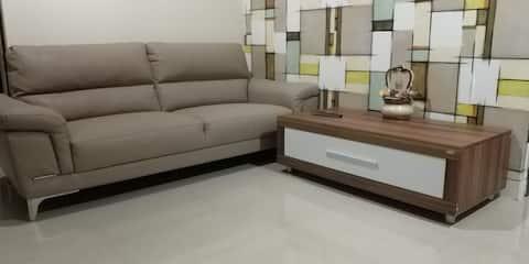 坐落在曼納多市中心的舒適公寓