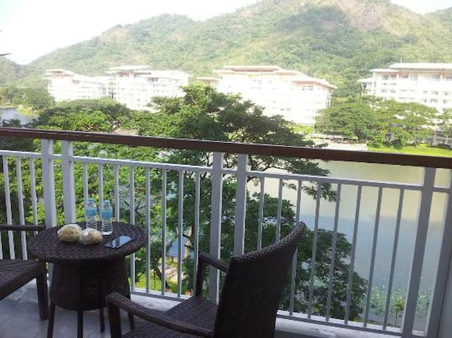 Pico de Loro Beach and Country Club Carafelyon2br