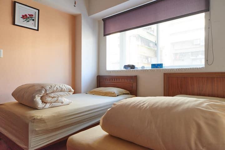 Real Taipei 溫暖舒適的家近龍山寺和夜市