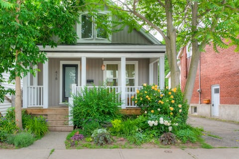The Bayfront Cottage Suite