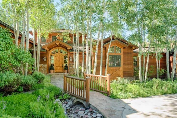 Karlinski Home - Aspen - Huis