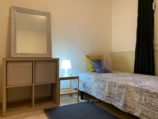 City center single Room