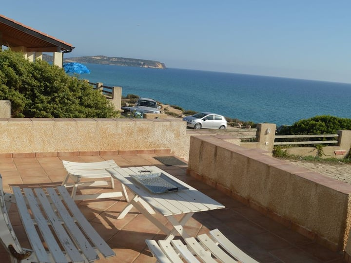 Villa Sonos facing the sea in San Giovanni di Sinis