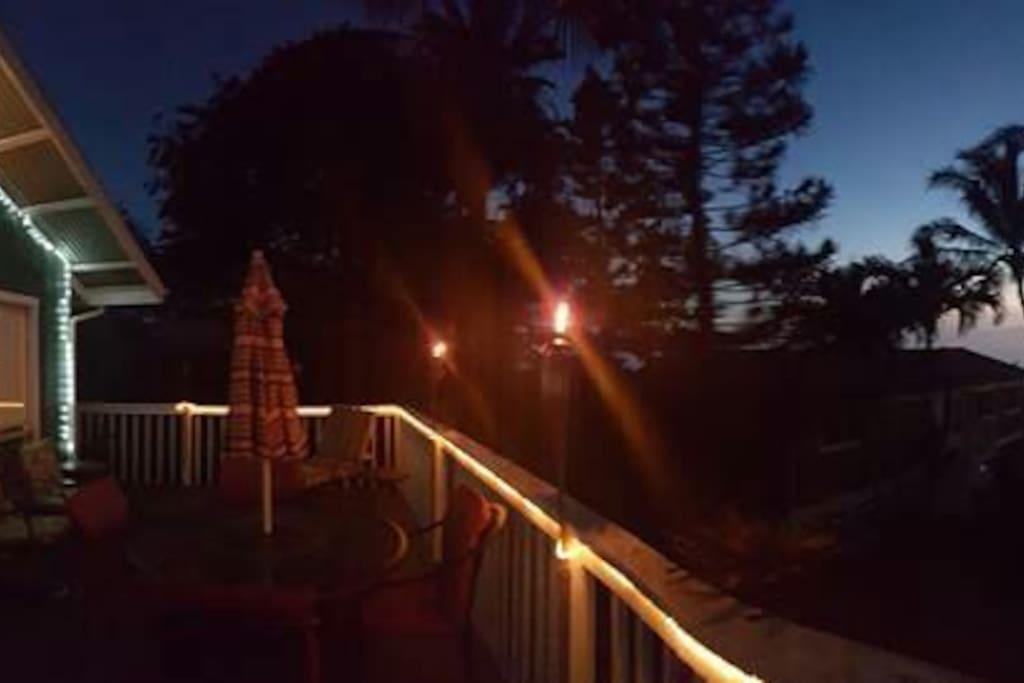 Night time ambiance