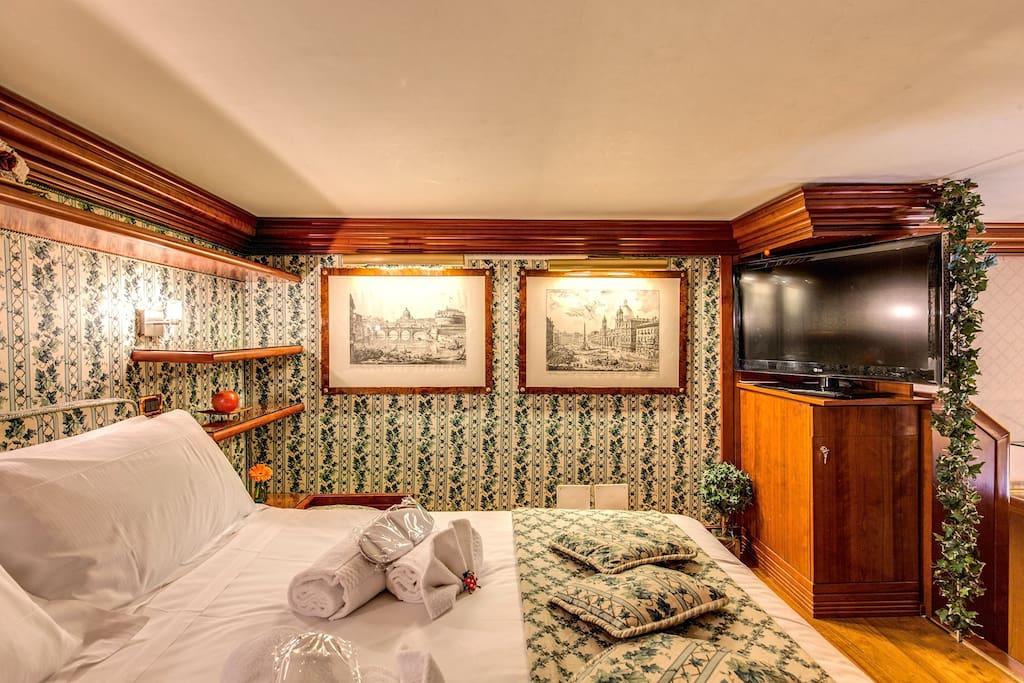 Main Bedroom & TV