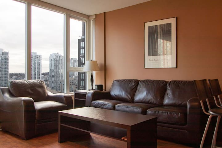 Downtown Yaletown 1BR Vancouver Amazing City View