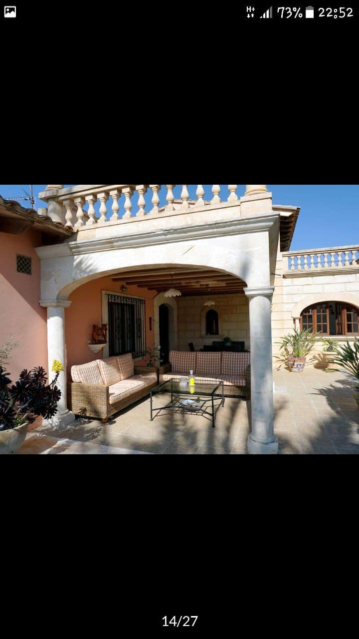 Superb villa sleeps 12 people in Portocristo