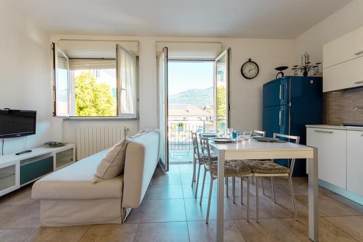 Cozy apartment Mati Lago Maggiore -with garage