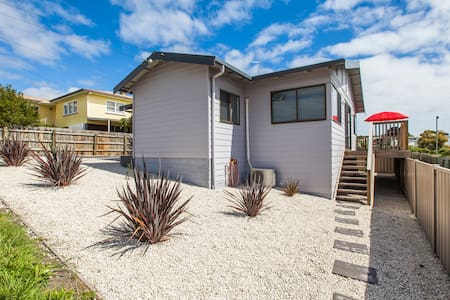 Bircoo Cottage Beach and Golf Getaway. - Bridport
