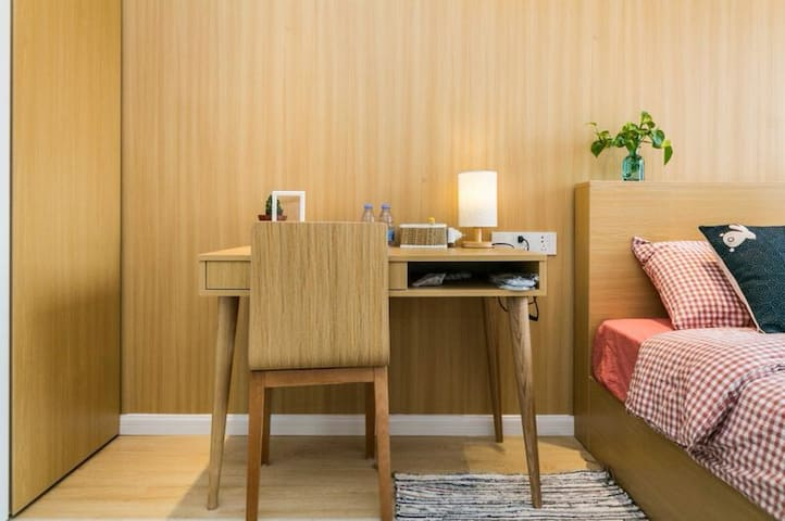 贴近自然的宁静享受,简洁而温馨的日式小屋(三生三舍民宿)