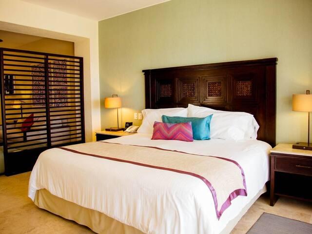Junior Suite Casa Dorada Los Cabos Resort & Spa