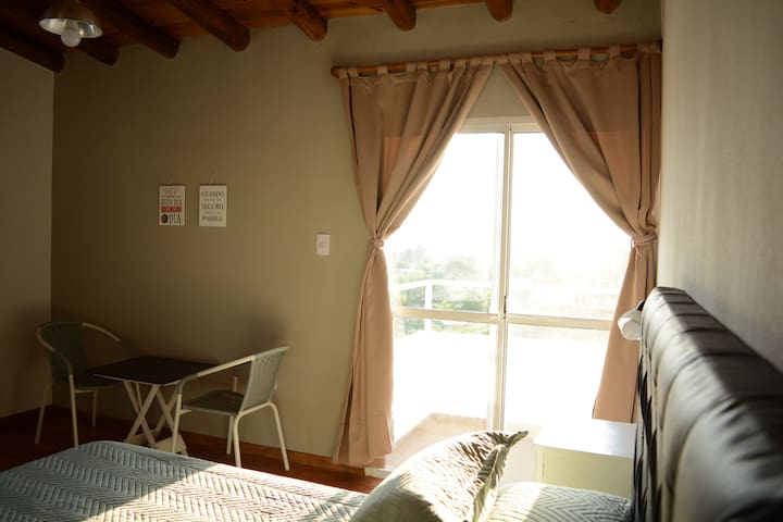 dormitorio en Planta Alta con balcon
