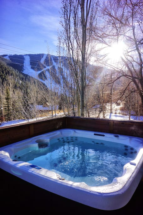 Hot tub on deck with views of Baldy
