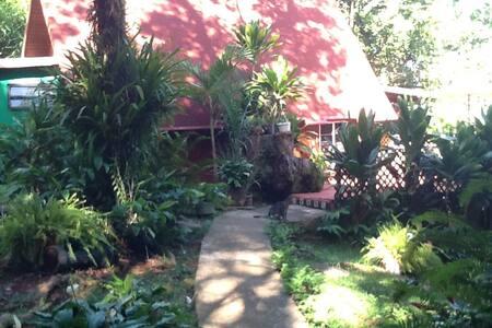 Cabaña en Mayagüez con todas las comodidades - Mayagüez