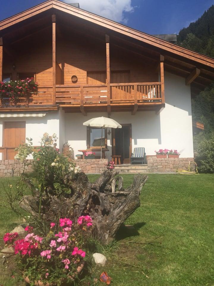 La casa ed il giardino di Mariangela