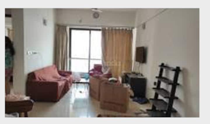 Private room in upscale apartment complex