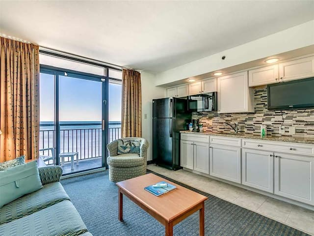 ❤️Magnificent Ocean Views from 15th Floor Beach Cove Paradise.Beachfront.Views!