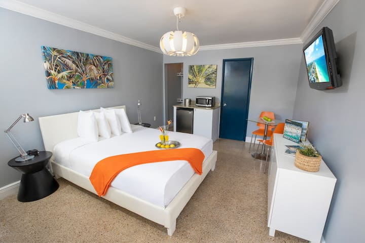Two Peas in a Pod Accommodations with Queen Bed Just Steps from the Beach