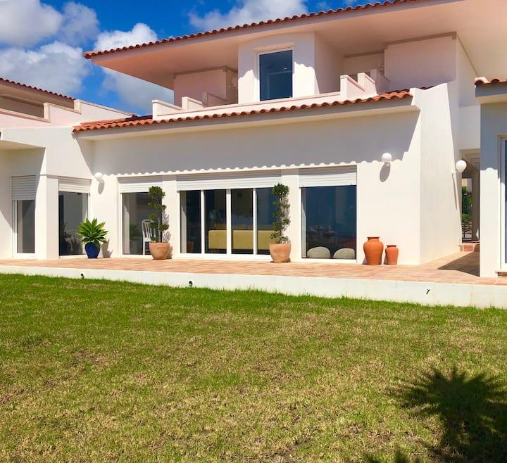Villa Riccio - Charming House in Ericeira