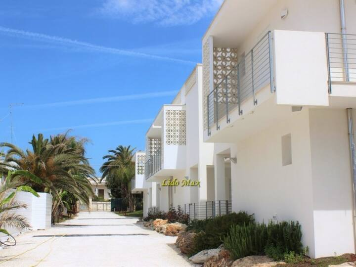 Modern apartment in holiday complex with private beach - Lido Max – Mono5