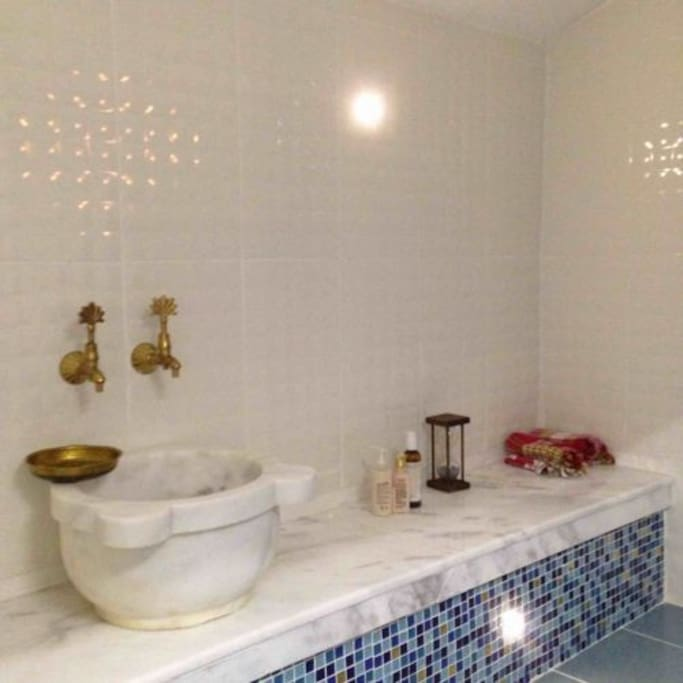 Shower with traditional Turkish Bath (Hamam)