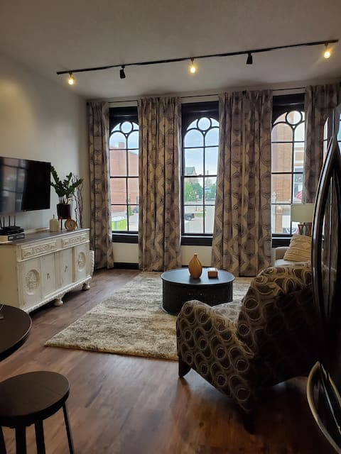 110 WEST  One Bedroom in Downtown Wapakoneta