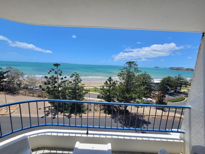 Wake up to an ocean view in the heart of yeppoon.